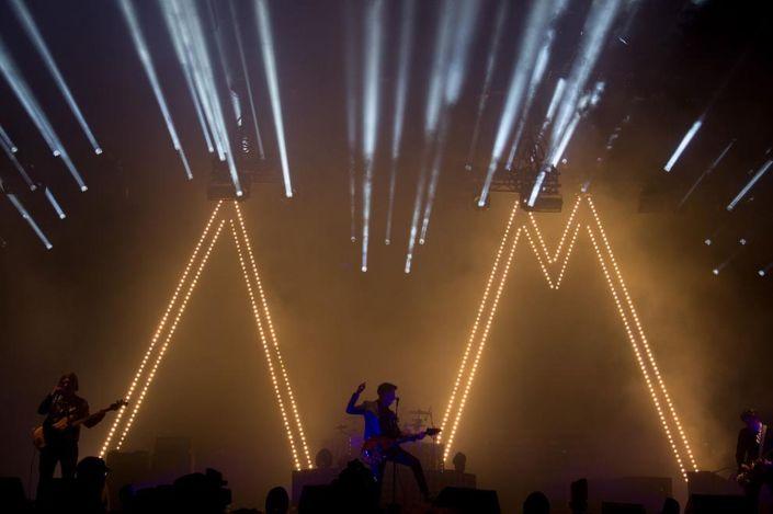 Arctic-Monkeys-2008394